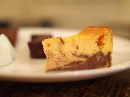 マーブルチョコレートベイクドチーズケーキ