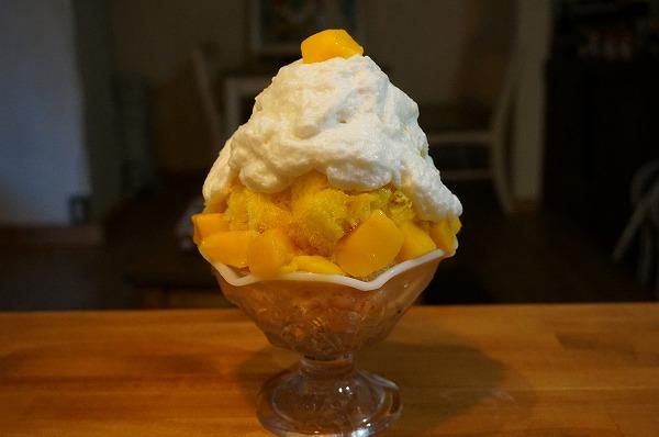 有機ココナッツミルクエスプーマかき氷(マンゴー畑バージョン)